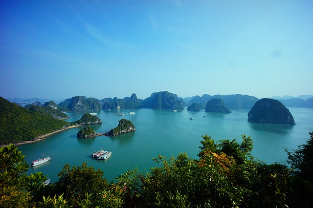 Halong Bucht Backpacking in Vietnam