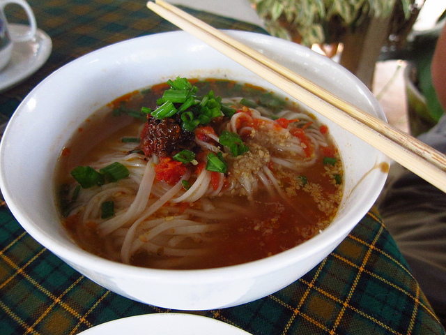 Shan Nudelsuppe Backpacking in Myanmar