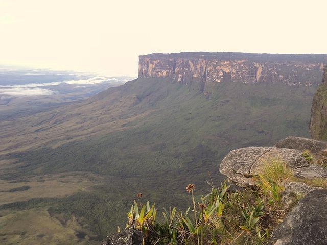 venezuela trekking roraima