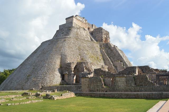 Uxmal Maya Ruine Backpacking in Mexiko