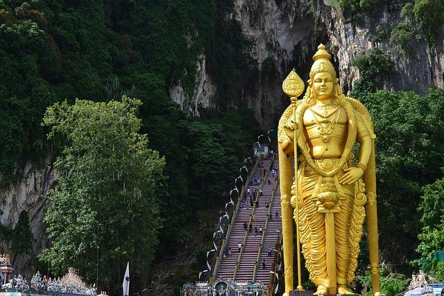Malaysia Backpacker Batu Caves