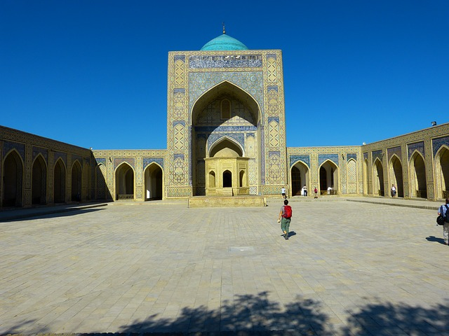 Backpacking in Zentralasien Moschee in Buchara Usbekistan